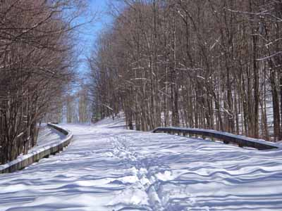 Blue Ridge Parkway in after dusting of Snow - YouTube