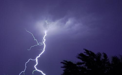 Gallery For Lightning Bolt At Night